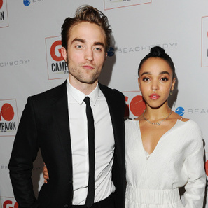 Robert Pattinson and FKA twigs at the Go Go Gala in LA (Nov. 12) | Robert Pattinson Daily News, Photo, Video & Fan Art | Scoop.it