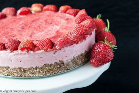 No-Bake Strawberry Ice Cream Tart [Vegan, Gluten-Free] | My Vegan recipes | Scoop.it