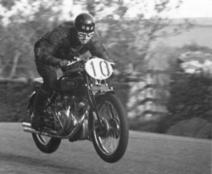 Deux motos de courses historiques aux enchères - Le Repaire des Motards | Actus Motos et 2 roues | Scoop.it