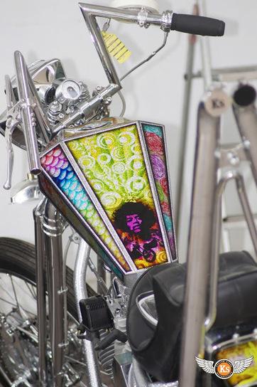 Kustom Store Motorcycles: Chopper Panhead: une nouvelle peinture signée Daddygraph! | Kustom Store Motorcycles | Scoop.it