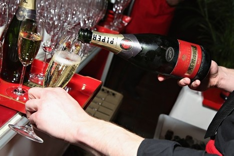 Champagne Makers See Opportunity in Weak Euro | Grande Passione | Scoop.it