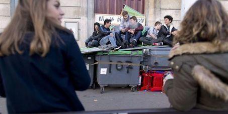 Mort de Rémi Fraisse : les lycéens parisiens toujours mobilisés - le Monde | Actualités écologie | Scoop.it