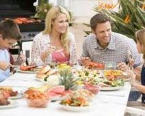 Family Values: How Eating as a Family Can Help Prevent Eating Disorders and Depression | My Sports Dietitian | Scoop.it