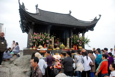 Cho thuê xe đi Yên Tử đền Cửa Ông Quảng Ninh | Lốp ô tô Duy Trang | Scoop.it