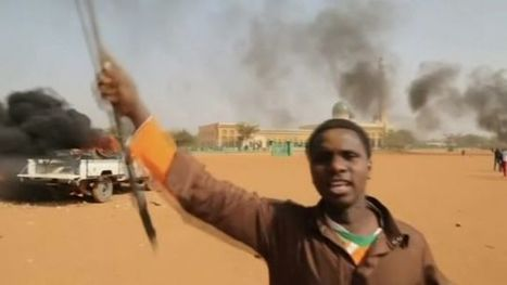 'Anti-Charlie Hebdo rioters torch churches in Niger' | News You Can Use - NO PINKSLIME | Scoop.it