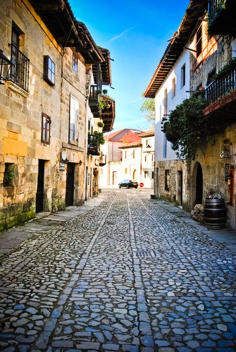 "Santillana del Mar: Spain's ""Prettiest"" Village - Christine in Spain | Sophisticated Spain | Scoop.it"