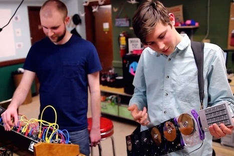 Musicians Craft Instruments from Outdated Computer Parts - PSFK | Fun apps - music and jacking it all in | Scoop.it