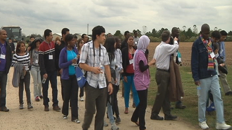 International students tour Goldsboro farm | Research from the NC Agricultural Research Service | Scoop.it