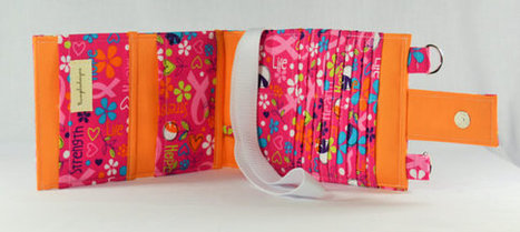 Women's Wallet  Organizer with Card Slots - 2 in 1 - Pink Breast Cancer Awareness | Tramp Lee Designs Bags | Scoop.it