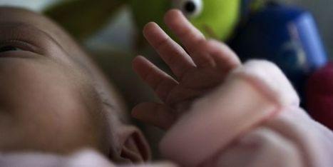 Un bébé oublié dans son bain par ses parents toxicomanes meurt noyé | Les Informations sur la voie de notre monde. | Scoop.it