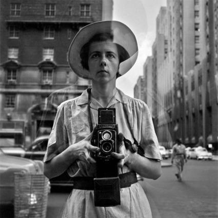 Top Women Street & Documentary Photographers | Backstage Rituals | Scoop.it