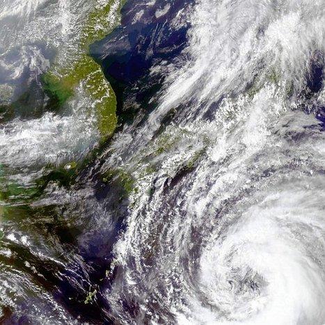 Dans le pacifique, la tempête tropicale Talas se transforme en typhon et menace Osaka et la côte Sud du Japon : un diamètre impressionnant sur les images satellite | regard-sur-la-terre.over-blog.com | Japon : séisme, tsunami & conséquences | Scoop.it