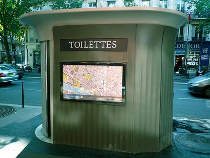 Les toilettes publiques de Paris, plus fréquentées que la Tour Eiffel et Le Louvre. | Paris | Scoop.it