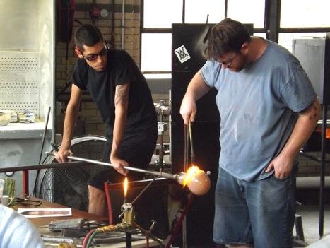 John Moran, award-winning glass artist, visits New Trier - Winnetka Talk   Nartique Art Glass News   Scoop.it