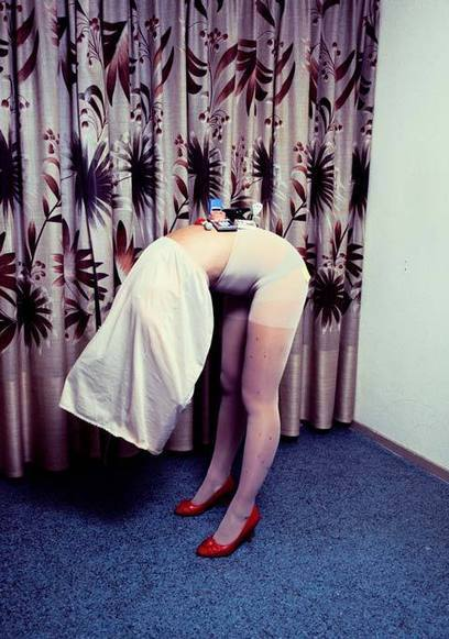Amusing Portraits of Women in the Office Environment Defy Logic | Photography Now | Scoop.it