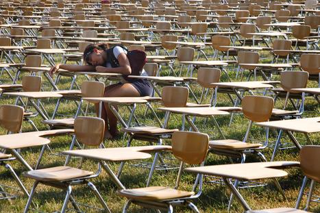 857 Empty Desks  |   Full Frame - Education Week | Alternate Route Teachers | Scoop.it