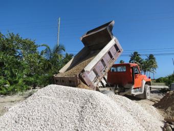 'Castles Made of Sand' in Ambergris Caye, Belize. | Belize- building ... | Filmbelize | Scoop.it