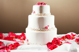 Custom cakes for birthdays or weddings in San Francisco | Lucy J. Productions | Scoop.it