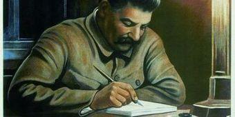 Joseph Staline en 10 images de propagande - L'Express | La propagande : Définition, concepts et techniques | Scoop.it