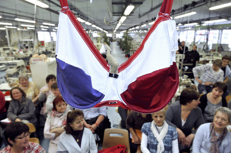 France Debates the Merits of the Bra | Radio Show Contents | Scoop.it