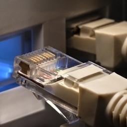 Italiani su internet per informarsi e utilizzare i social network - Vodafone Lab   SEO ADDICTED!!!   Scoop.it