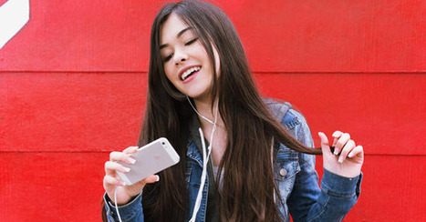 StarMaker Updates App With 'Music Video Selfies' - Mashable | Video Transformation | Scoop.it