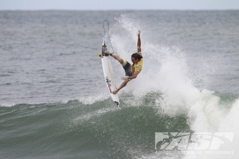 Jordy Smith Crowned Winner at The 2013 Billabong Pro Rio | surfer | Scoop.it