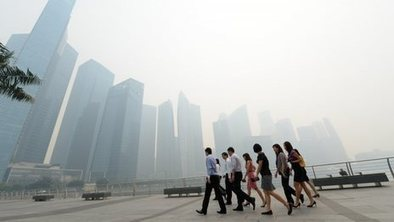 Singapore smog 'could last for weeks'   IBMacroEconomics   Scoop.it