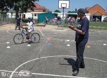 DREUX: 500 écoliers sensibilisés à la sécurité | RoBot cyclotourisme | Scoop.it