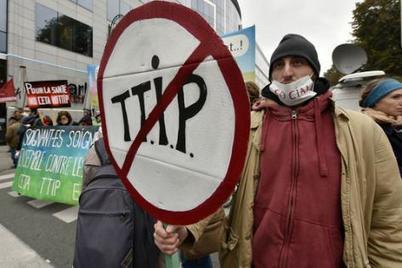 Traité transatlantique : les députés Front de gauche réclament un référendum (L'Humanité) | Marché transatlantique | Scoop.it