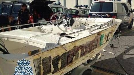 Intervienen 240 kilos de cocaína ocultos en una lancha auxiliar procediente de Colombia | Mundo Criminal | Scoop.it