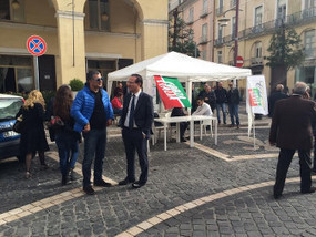 POLITICA - Caserta - No Tax Day, Di Costanzo in piazza: la casa è un diritto, basta tasse - Casertanews.it | Politikè | Scoop.it