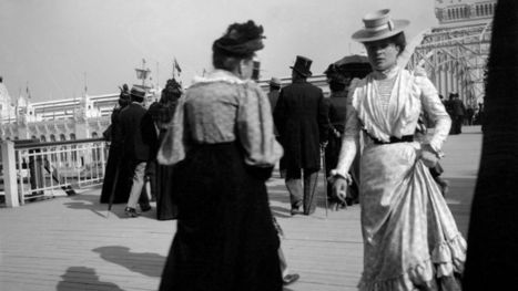 La Parisienne, une midinette de 114 ans | Les expositions universelles | Scoop.it