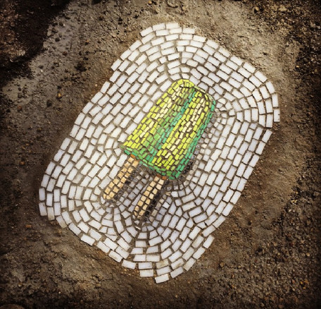 Chicago street artist turns pesky potholes into frozen treat mosaics | Share Some Love Today | Scoop.it