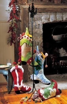 Best Christmas Stocking Stands and Trees 2013 | Hubs | Scoop.it