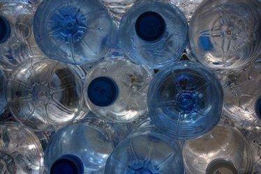 Bannir l'eau en bouteille ? En France, ça ne coule pas de source | Chuchoteuse d'Alternatives | Scoop.it