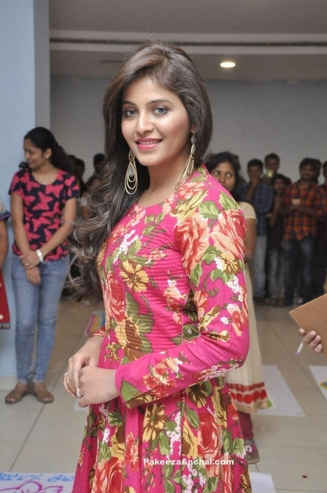 Actress Anjali in Pink Floral design Maxi dress for Rangoli event | Indian Fashion Updates | Scoop.it
