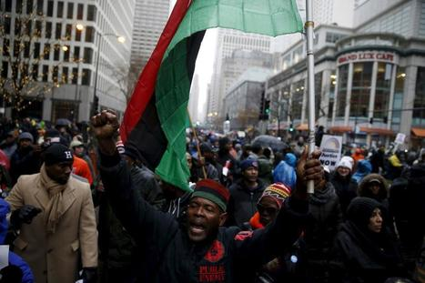 Protest Over Chicago Teen's Shooting Disrupts Black Friday Shopping | Upsetment | Scoop.it