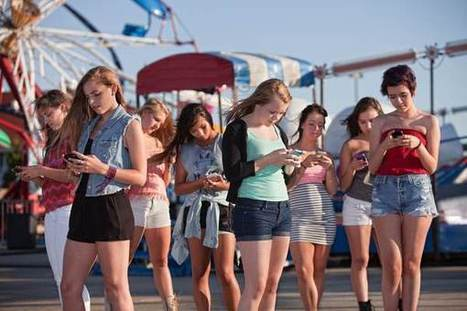 Is Social Media Channeling a New Wave of Attention Seekers?   Fame in Social Media   Scoop.it