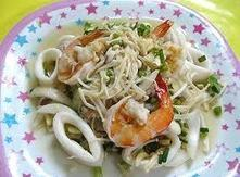 สูตรอาหาร ยำเห็ดเข็มทอง อาหารไทย เมนูอาหารไทย สูตรอาหาร อาหารเพื่อสุขภาพ อาหารเหนือ ใต้ อีสาน กลาง อาหารอร่อยๆ Thai Food | yanisa | Scoop.it