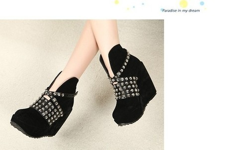 Wholesale Women western boots rivets buckle wedge heel shoes CZ-2281 black - Lovely Fashion | Chic summer streetstyle(sandals) | Scoop.it
