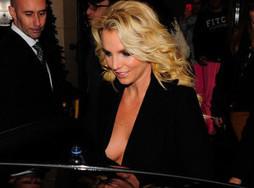 Buzz: Britney Spears chante tres mal !! la preuve en video ! | cotentin webradio Buzz,peoples,news ! | Scoop.it
