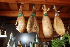 Spanish Ham: Jamon Iberico, Jamon Serrano or is it? | Legal, General, Relocation, Information and Family Advice Spain | Family Life In Spain | Scoop.it