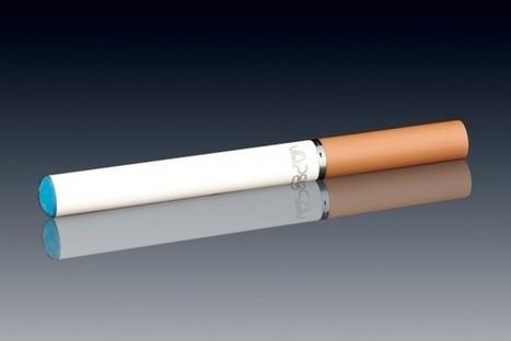 Electronic Cigarettes: Smoking Etiquette at Public Places   MeMetics   Social bookmarking   Scoop.it
