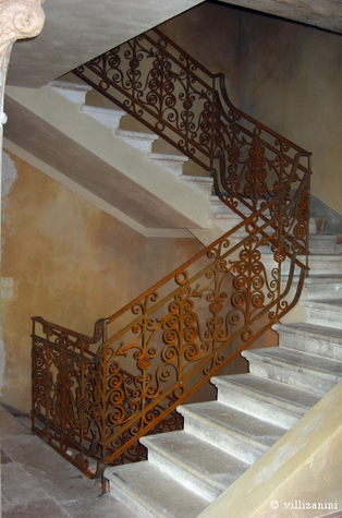 A wrought iron balustrade | I go out to write a post and go back | Villi Zanini Wrought Iron | Scoop.it