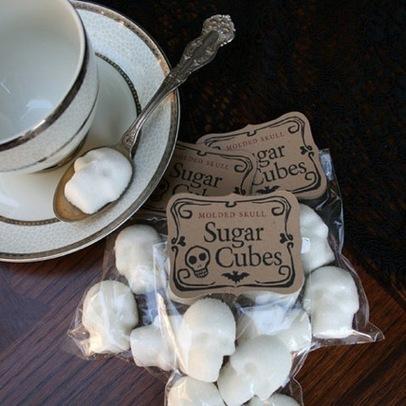 Molded Skull Sugar Cubes | Helene Michau Créations | Scoop.it