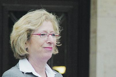 La Croix - Geneviève Fioraso, une femme de terrain pour renouer la confiance avec les chercheurs | Genevieve Fioraso | Scoop.it