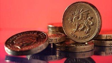 Tories consider minimum wage change | China | Scoop.it