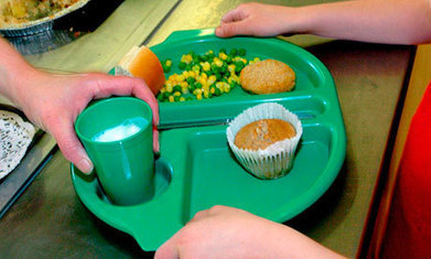 Thousands of children ineligible for free school meals but live in 'hidden poverty' | Occasional news stories on the UK and Global economy | Scoop.it