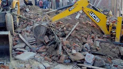 3 dead, 10 injured after school building wall collapse | NewsX | Scoop.it